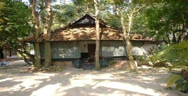 Arakal Heritage Homestay, Homestays in Kerala