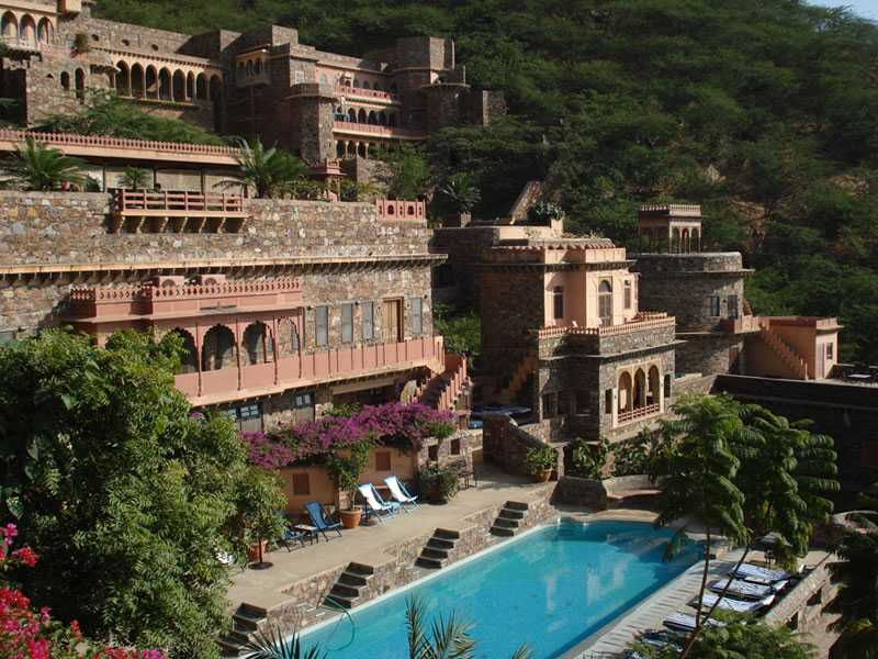 Neemrana Fort, short One day trip from delhi