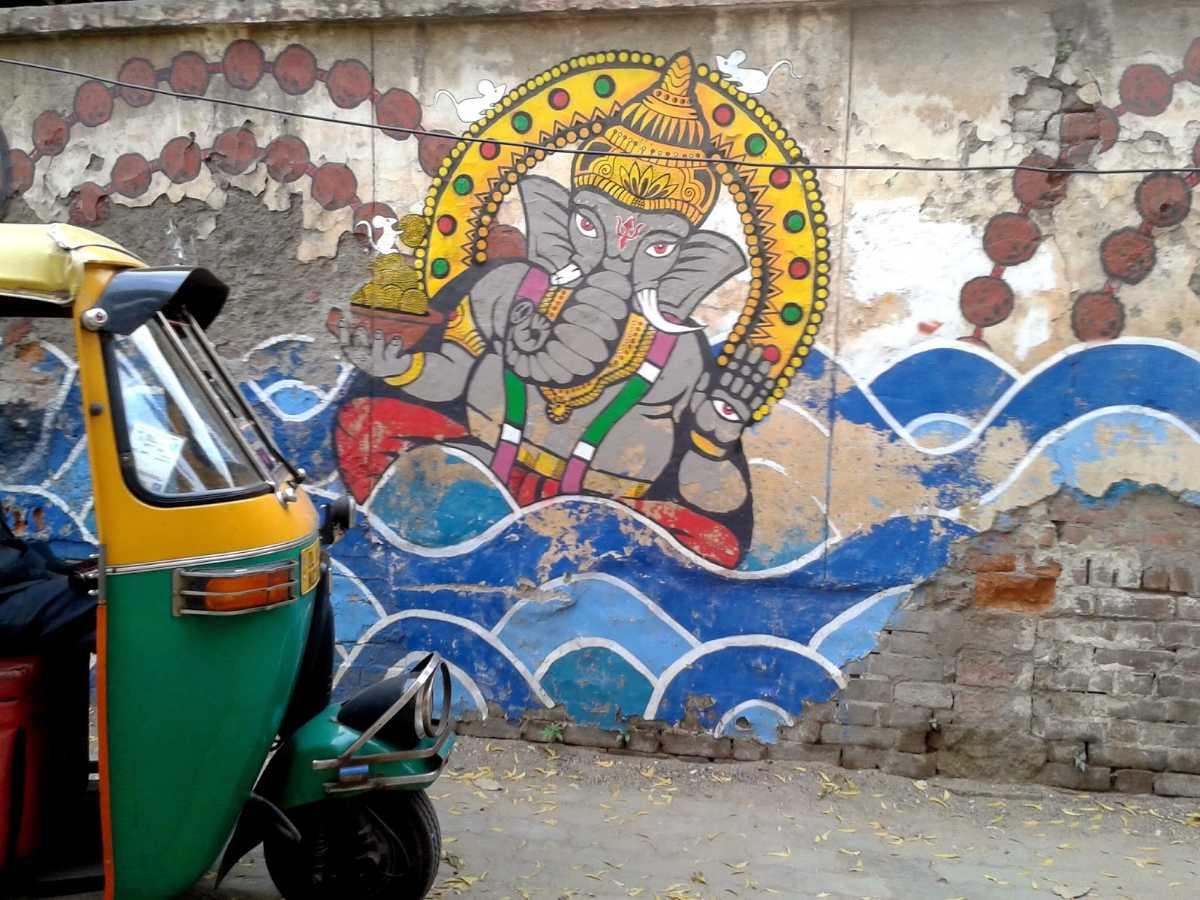 Ganesha on the wall, Delhi: Ganesha mural on walls