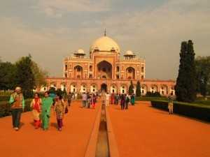 7. tourists  near Humayun's tomb