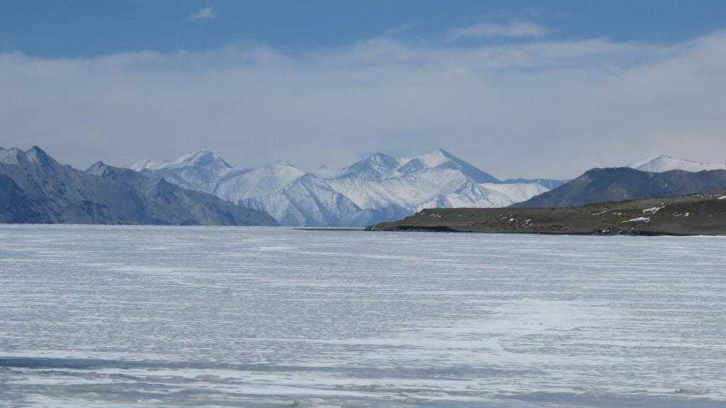 Frozen Pangong Lake, places to visit in Leh Ladakh