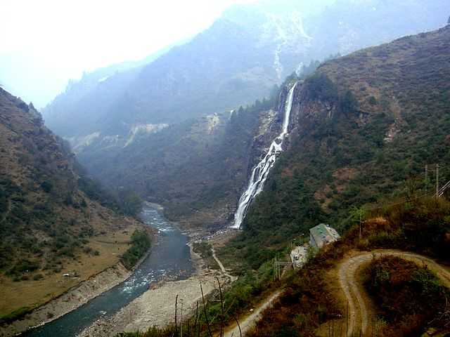 Jung Falls at Tawang (Source)