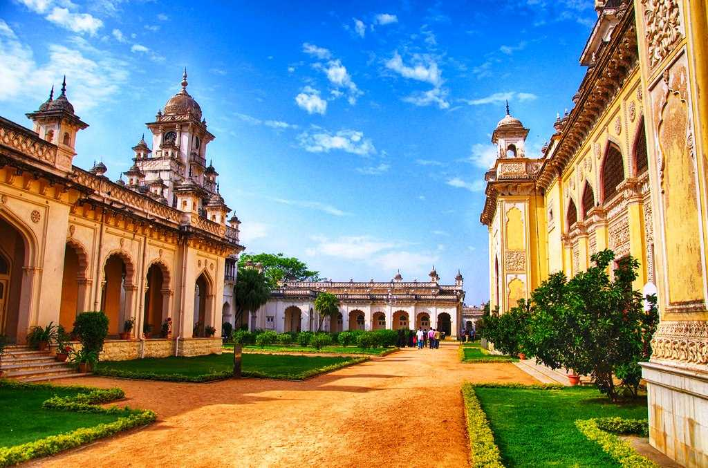 Chowmahalla Palace Courtyard, Hyderabad, tourist place in telangana