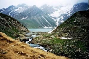 Lake-Sheshnag