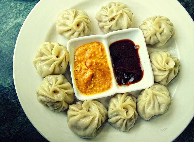 Momos, Kashmiri food and cuisine