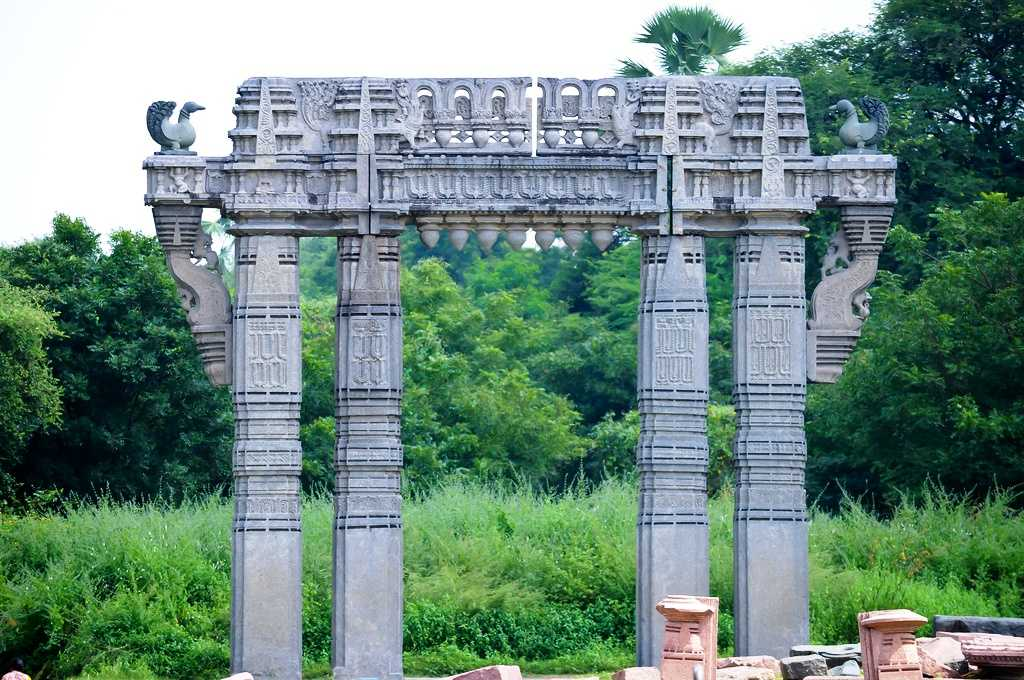 Warangal Fort, tourist place in telangana