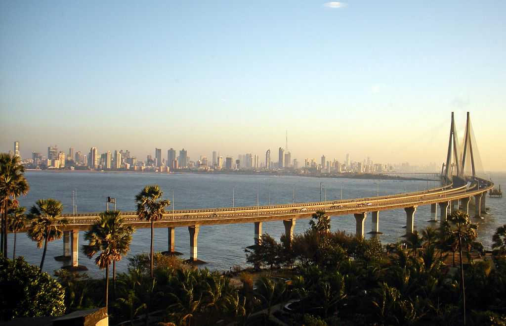 Worli Sealink, places to visit in Mumbai during monsoon