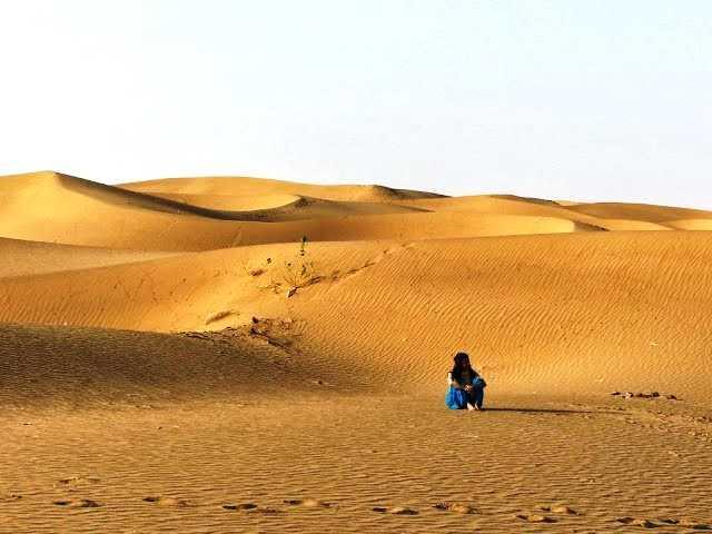 Sand dunes in Jaislamer