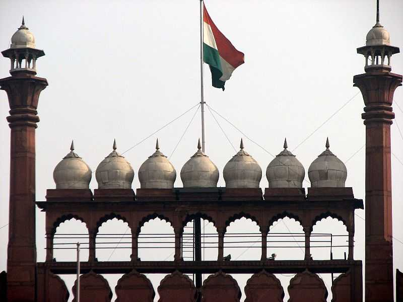 Flag hoisted at Red Fort (Source)