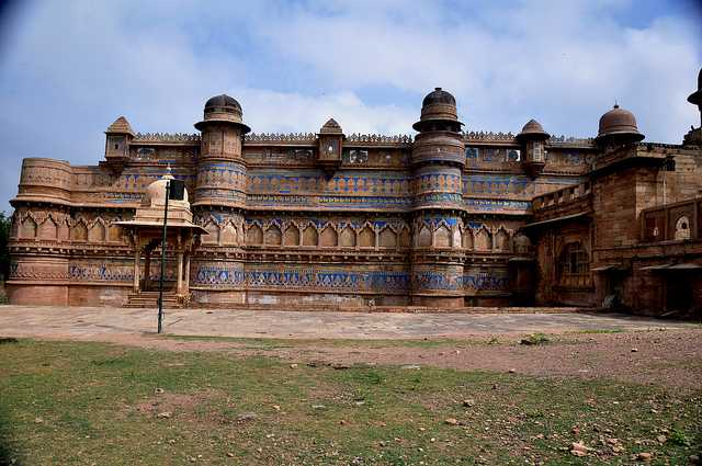 Gwalior Fort, short trips for long weekend near delhi