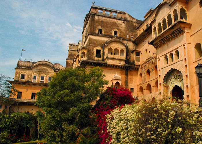 Neemrana Fort, Rajasthan, Places to visit near delhi in monsoon