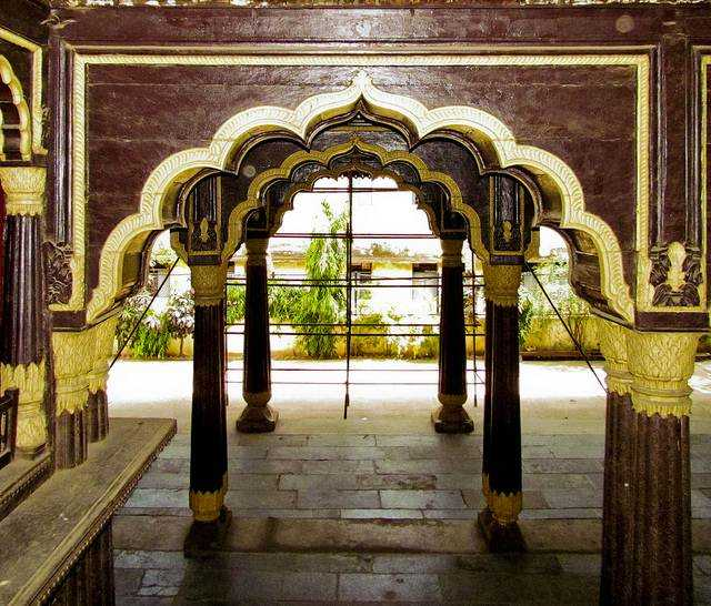 Tipu Palace, One day sightseeing in Bangalore