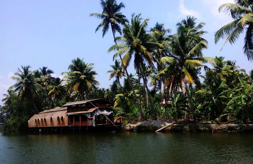Kerela, places to visit in monsoon in india