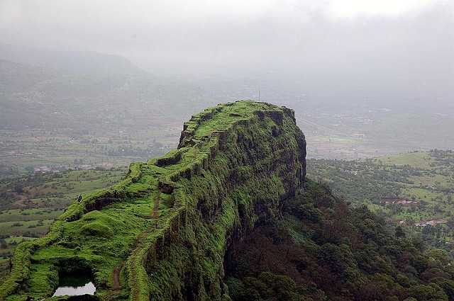 Lohagad: Trekking spot near mumbai in monsoon