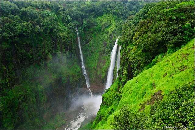 Thoseghar Falls- Places to visit near Mumbai in monsoon