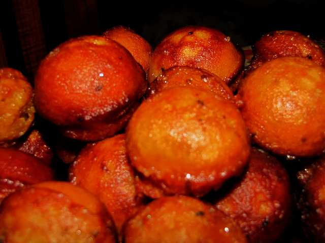 Neyyappam, indian sweet dishes