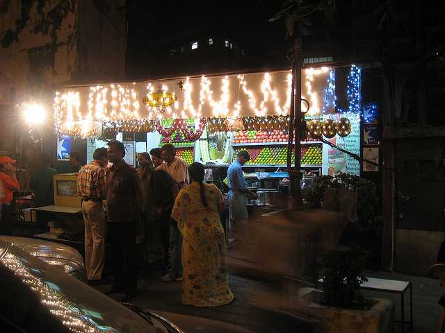 Bachelorr's Ice Cream, Nightlife in Mumbai