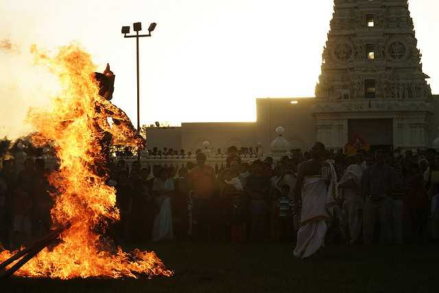 Burning the effigy of Ravana on Dusshera, Navratri 2017 Dates