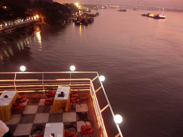 Kolkata Night Life Places To Visit In Kolkata At Night