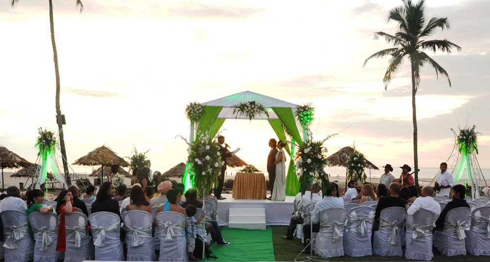 Destination weddings in india on Goa beach