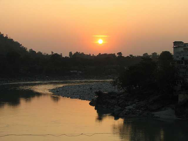 Rishikesh, places to visit near delhi in winters