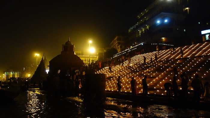The beautifully lit Ganga Ghats, Dev Deepawali in Varanasi 2015