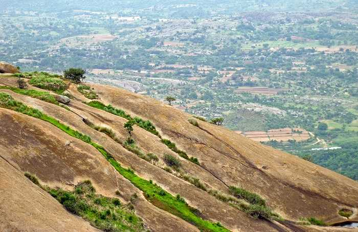 Savandurga offbeat trek place must visit