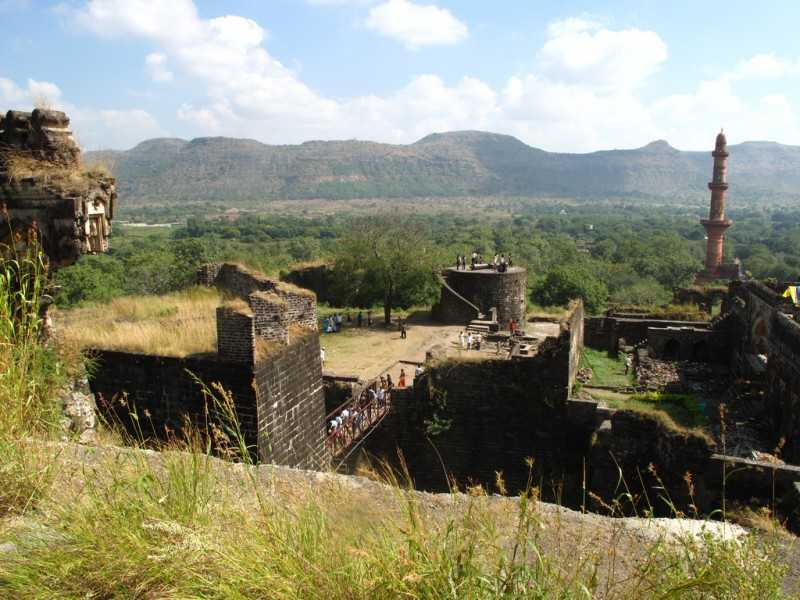 Daulatabad Fort, Forts in India