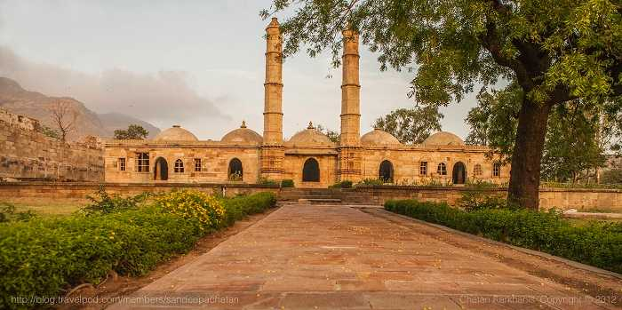 Champaner- Pavagadh unexplored offbeat travel option