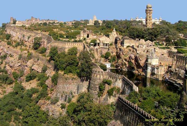 Chittorgarh Fort,  Forts and palaces in India
