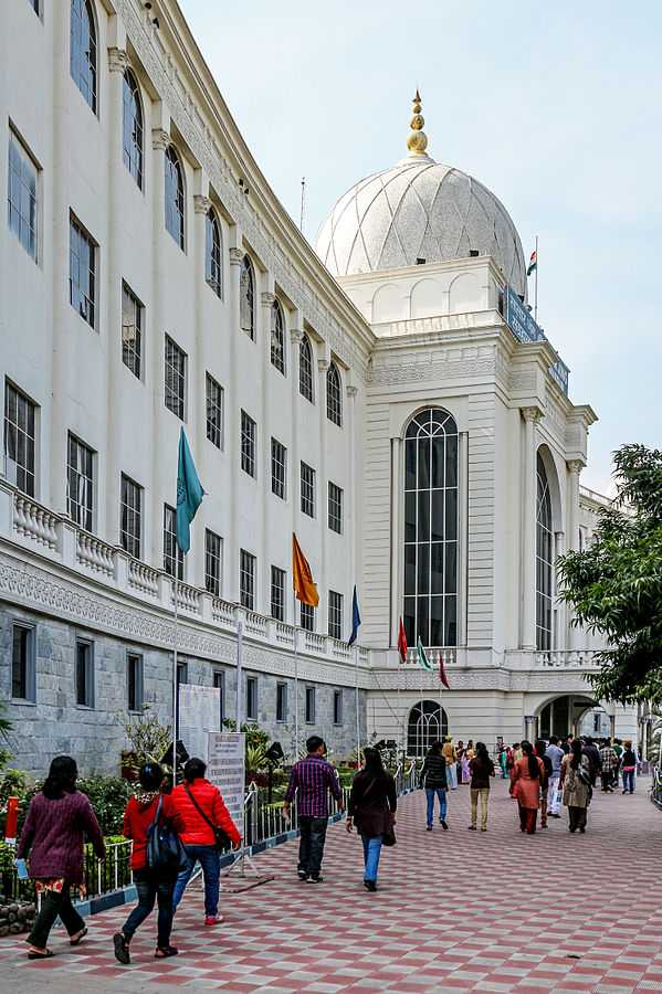 Salar Jung Museum, Hyderabad | Museums in India