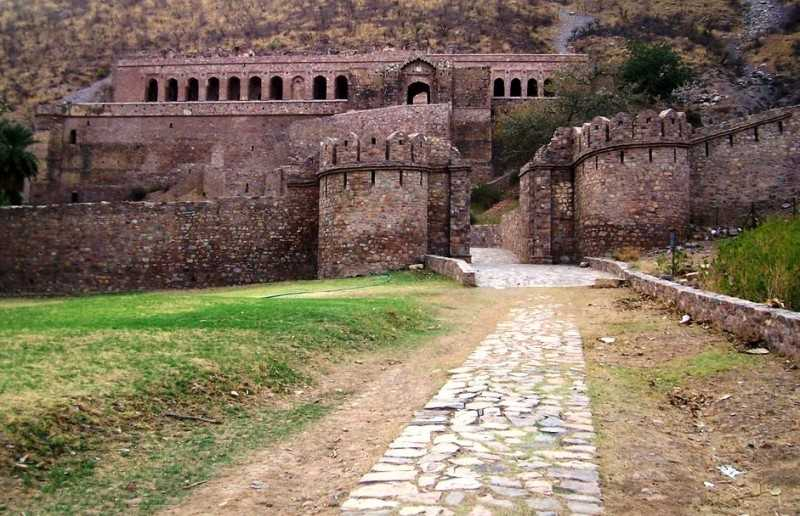 Main palace, Haunted Bhangarh Fort