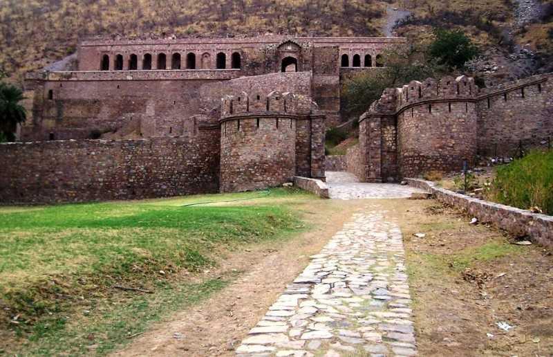 palazzo principale, Haunted Bhangarh Fort