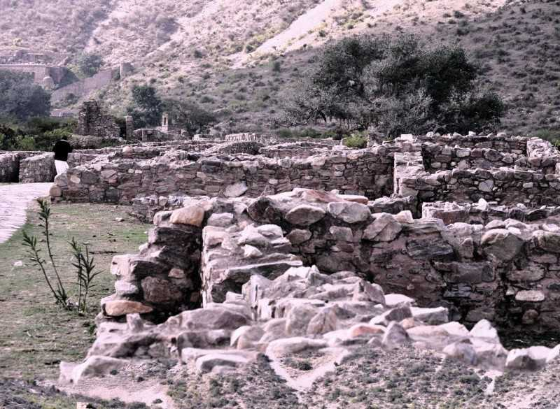 Ruins of Fort, Haunted Bhangarh Fort