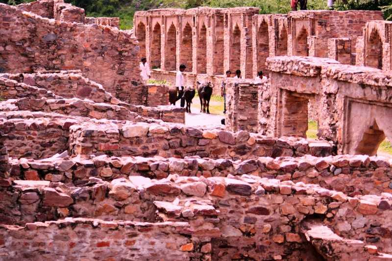Ruins of the fort, Bhangarh Fort Haunted