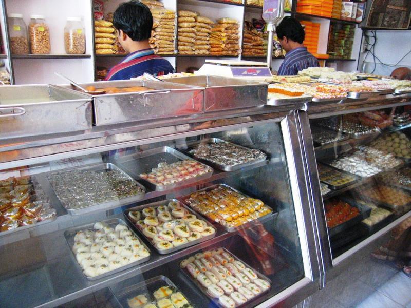 Kanpur sweets, Uttar Pradesh Food (Source)
