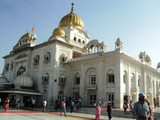 Gurdwaras continue to welcome visitors without questioning their faith or religious loyalties