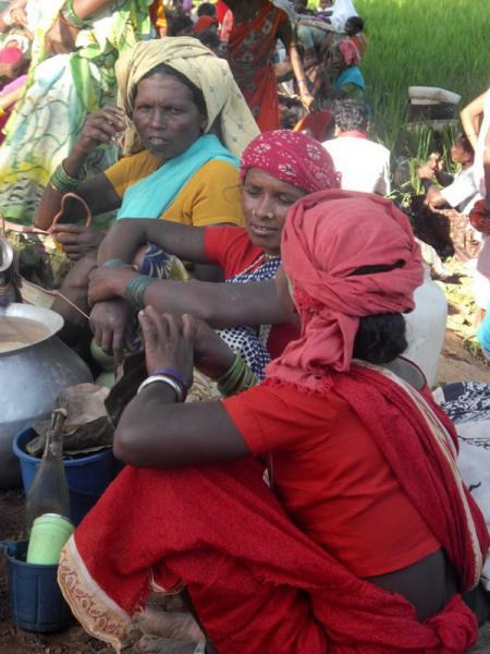 Tribal women in Tokapal Market