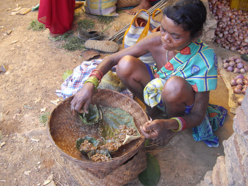 Alive ants - Tribal vendor
