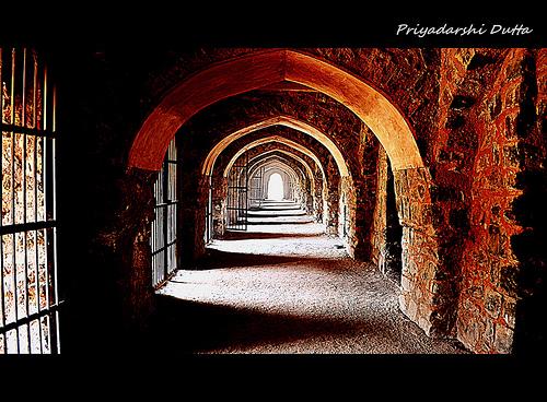Fort of Feruz Shah Tuqluq - A fort haunted by Djinns?