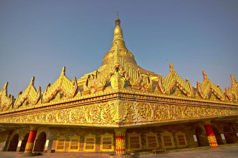 October 6 – The global vipassana pagoda of Mumbai