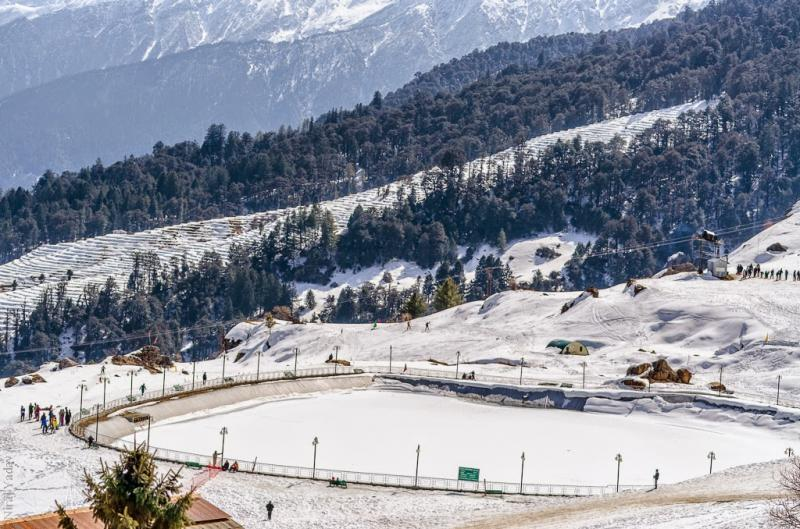 Artificial Frozen lake - Auli