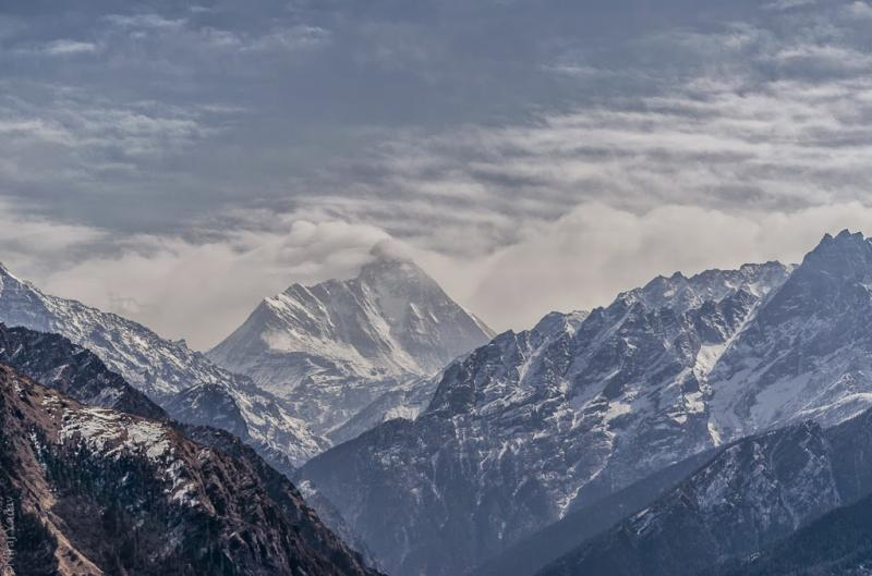 Great Nanda Devi in the center