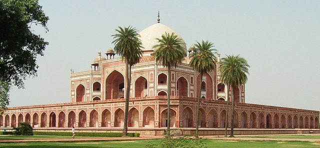 Delhi - the starting point of Golden Triangle Tour