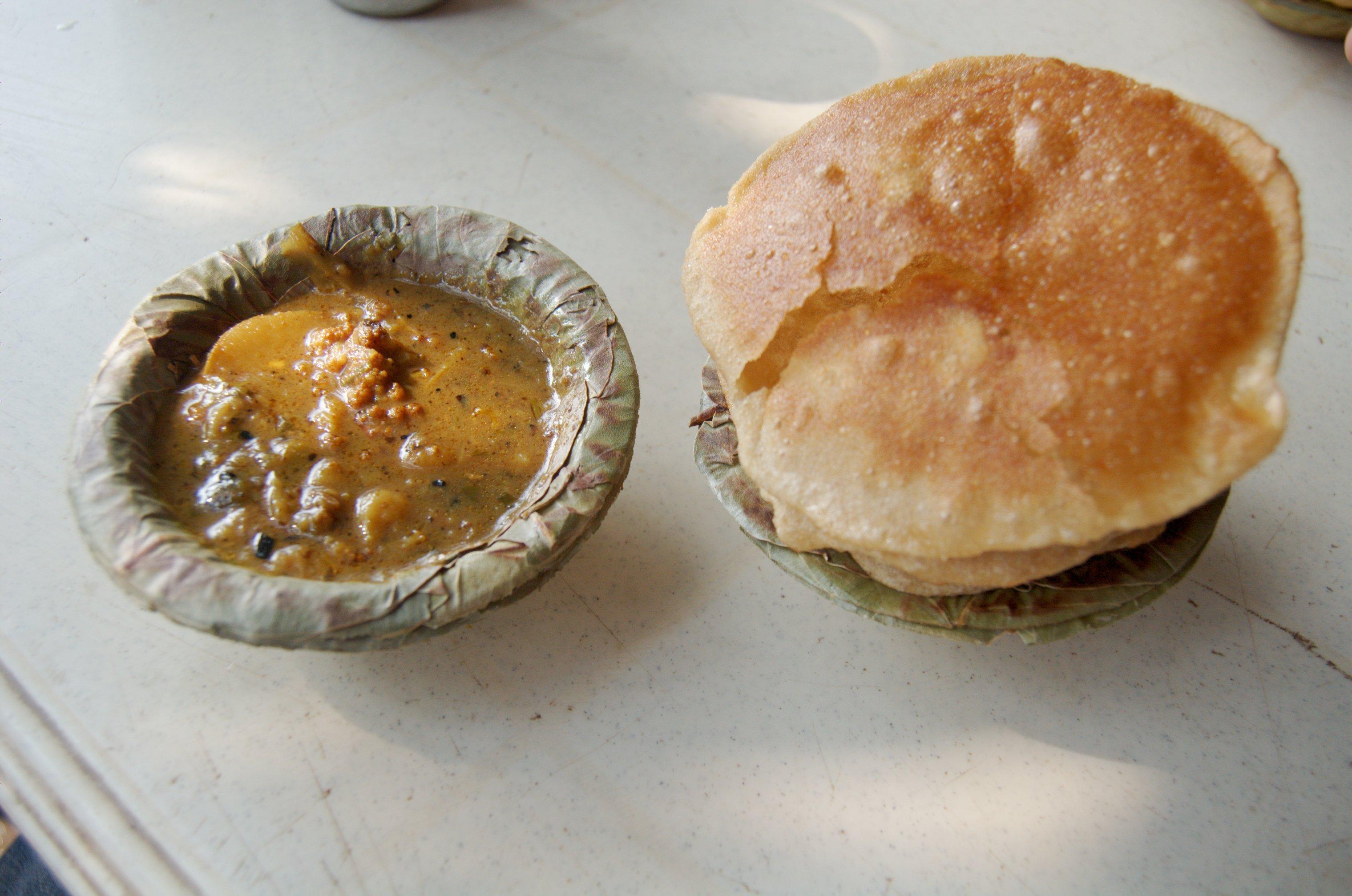 Aloo_Puri, Delhi Street Food