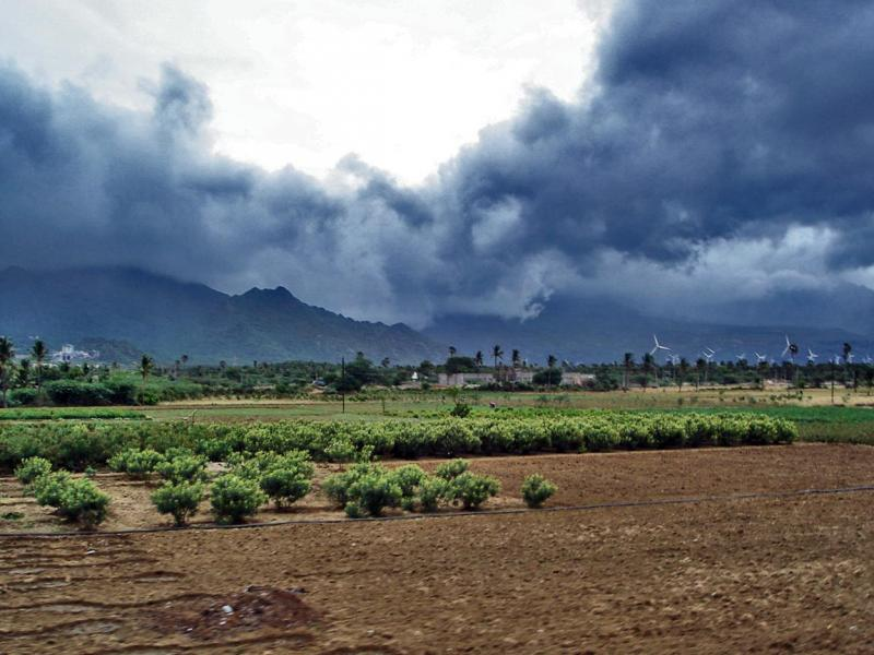 Monsoon_clouds_near_Nagercoil, Travelling during monsoon season
