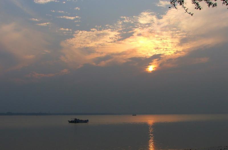 Raichak, Romantic Getaways from Kolkata, Romantic Places Near Kolkata, Valentine's Day