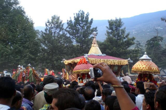 Lord Raghunath and the Ratha yatra, Kullu Dussehra  2017 dates