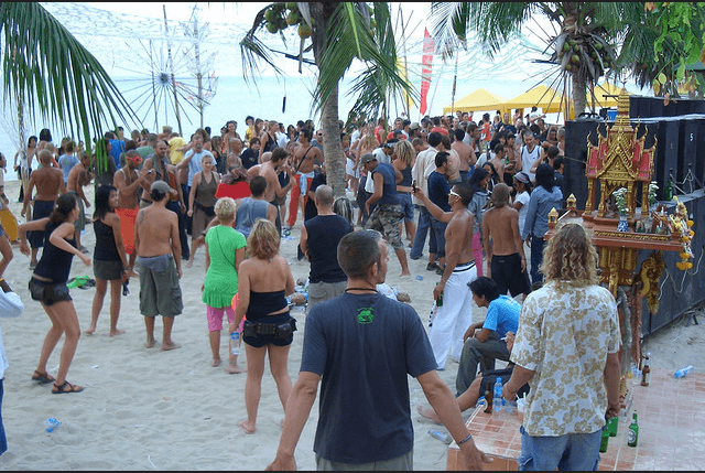 Party at a Goa Beach (Source)