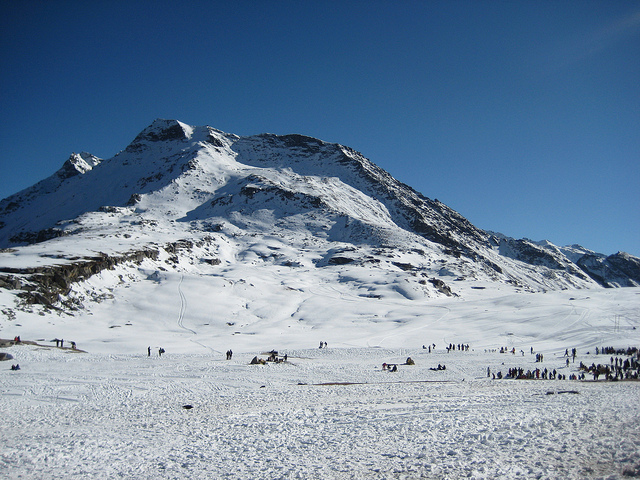 Rohtang Pass, Snow places in India